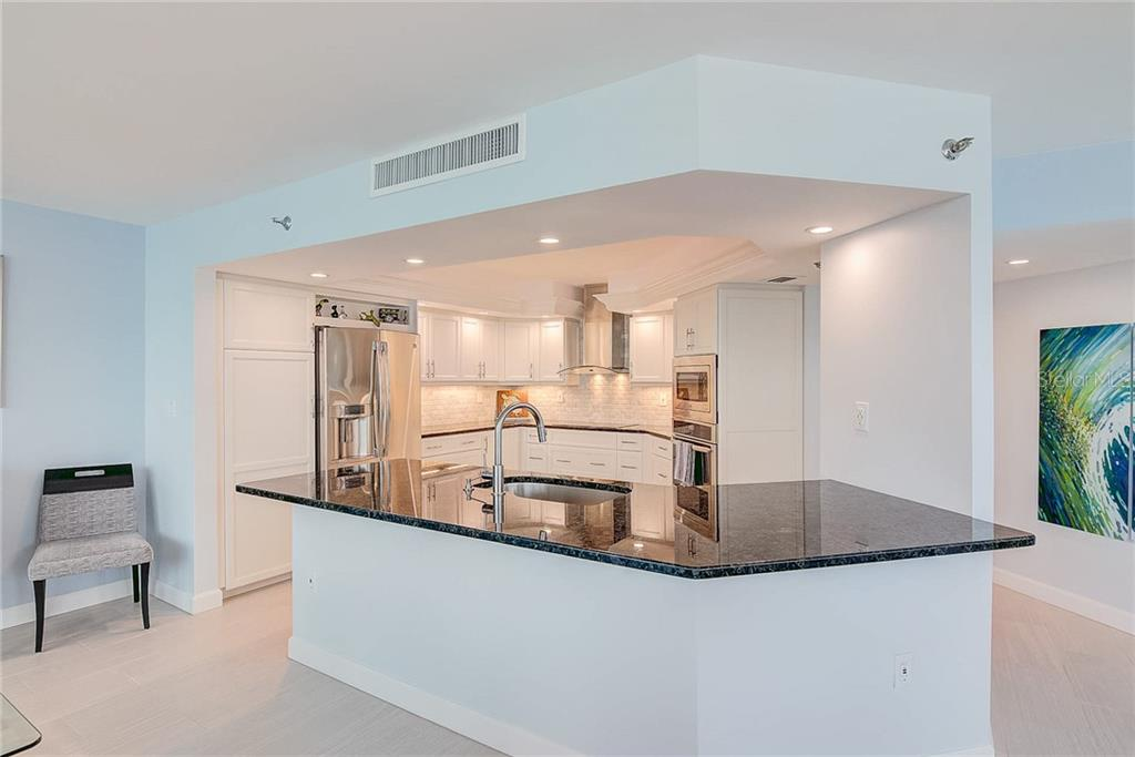 Condo for sale at 988 Blvd Of The Arts #214, Sarasota, FL 34236 - MLS Number is A4405166