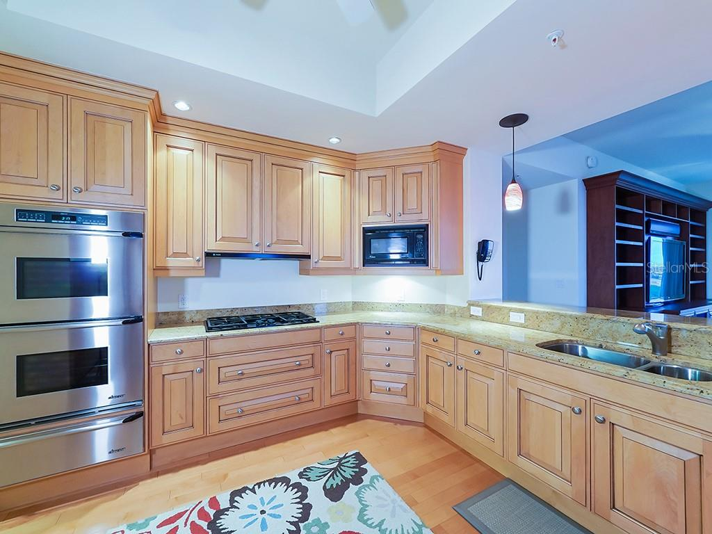 Kitchen - Condo for sale at 1300 Benjamin Franklin Dr #1008, Sarasota, FL 34236 - MLS Number is A4405360