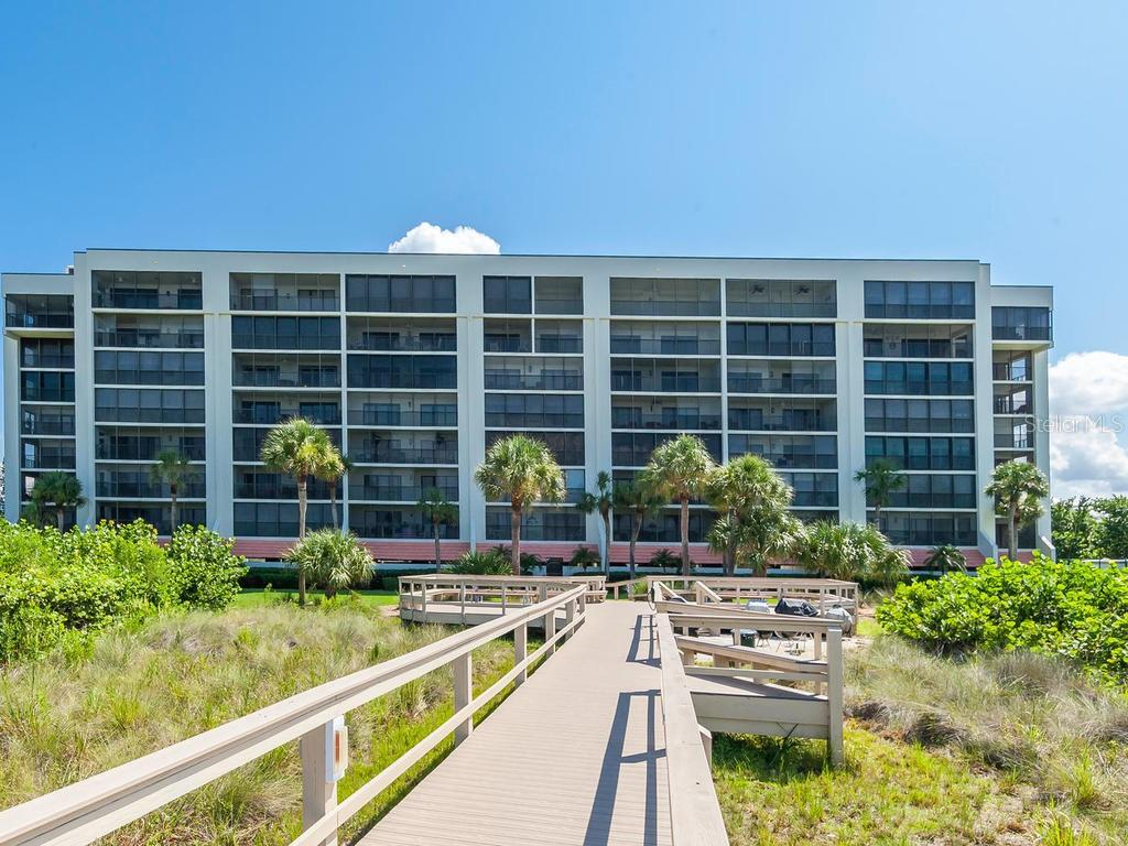 Condo for sale at 420 Beach Rd #404, Sarasota, FL 34242 - MLS Number is A4407957