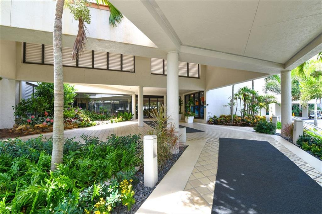 Condo for sale at 210 Sands Point Rd #2703, Longboat Key, FL 34228 - MLS Number is A4408249