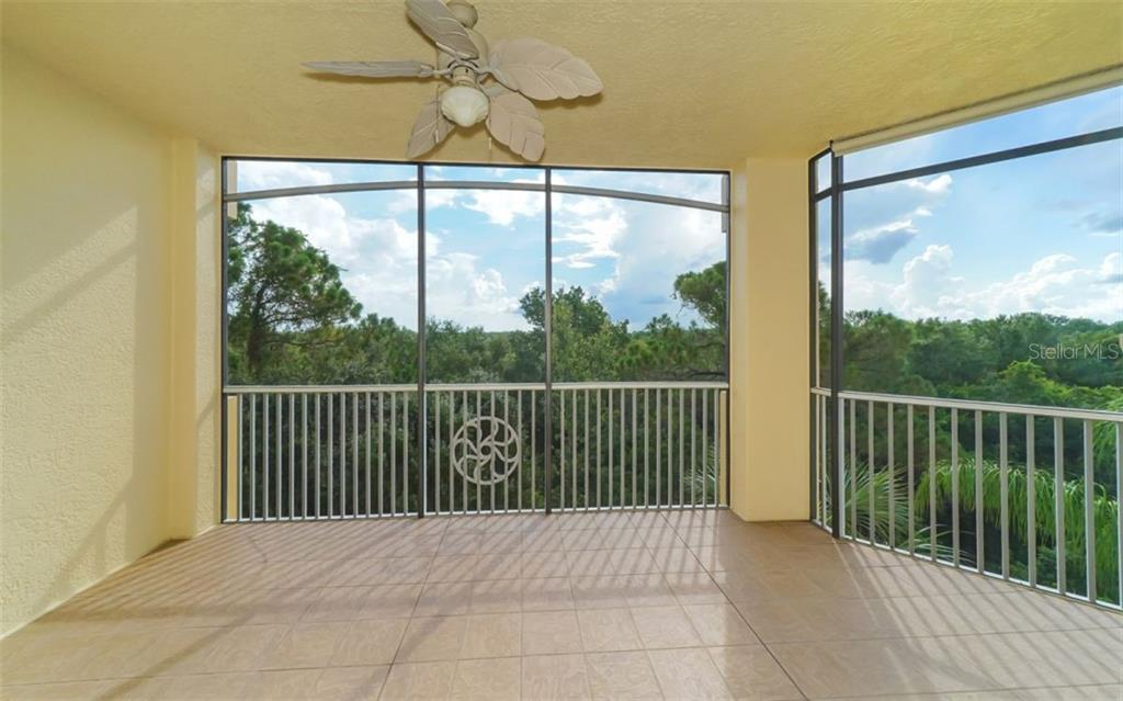 Master Bedroom - Condo for sale at 6465 Watercrest Way #403, Lakewood Ranch, FL 34202 - MLS Number is A4409044