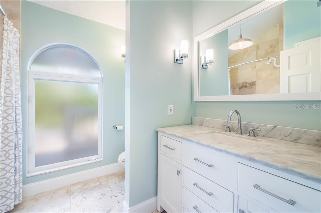 Guest bathroom - Single Family Home for sale at 4807 Higel Ave, Sarasota, FL 34242 - MLS Number is A4413167