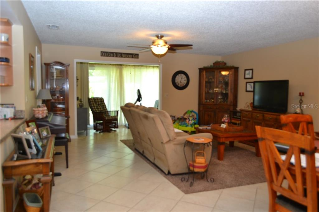 Villa for sale at 5106 29th St W, Bradenton, FL 34207 - MLS Number is A4413681