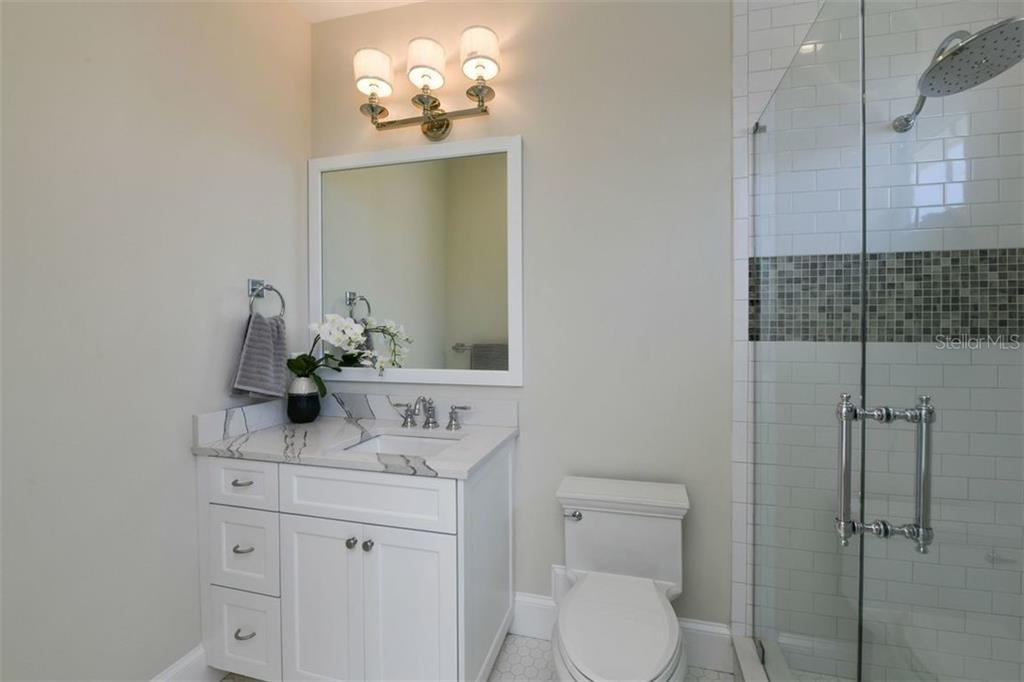 4th Bathroom on level 3. - Single Family Home for sale at 3470 Gulf Of Mexico Dr, Longboat Key, FL 34228 - MLS Number is A4415298