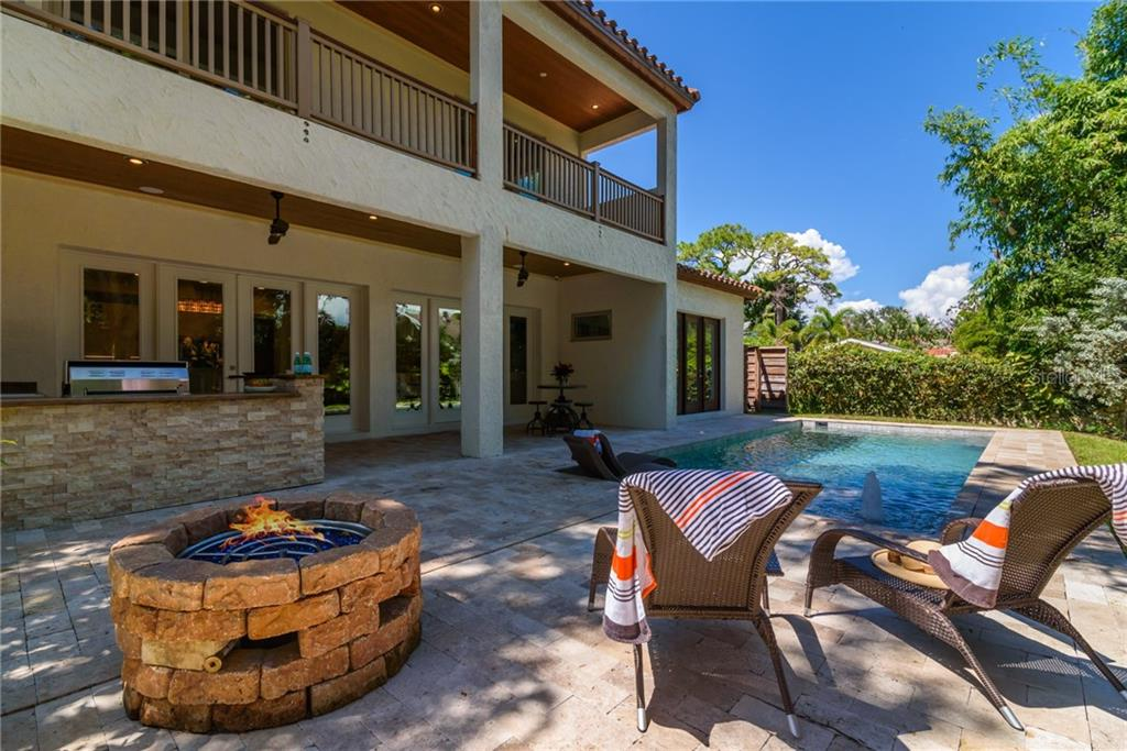 Salt water Pool/Outdoor Kitchen/Gas Firepit - Single Family Home for sale at 1019 S Osprey Ave, Sarasota, FL 34236 - MLS Number is A4415337