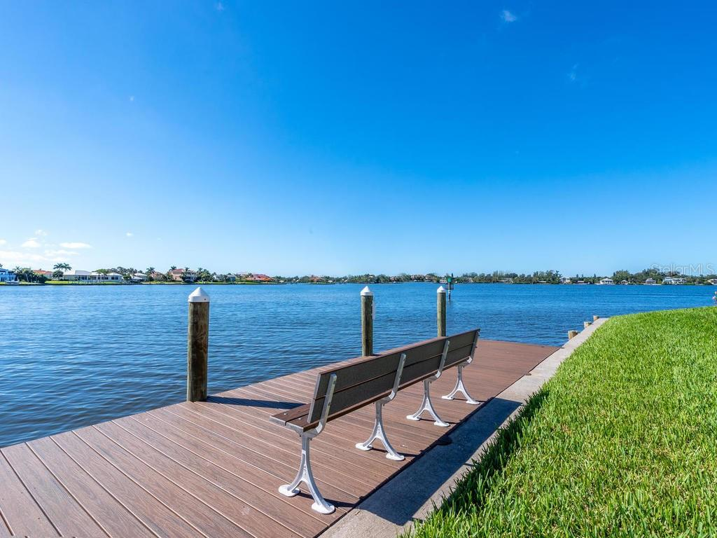 Single Family Home for sale at 7350 Captain Kidd Ave, Sarasota, FL 34231 - MLS Number is A4415503