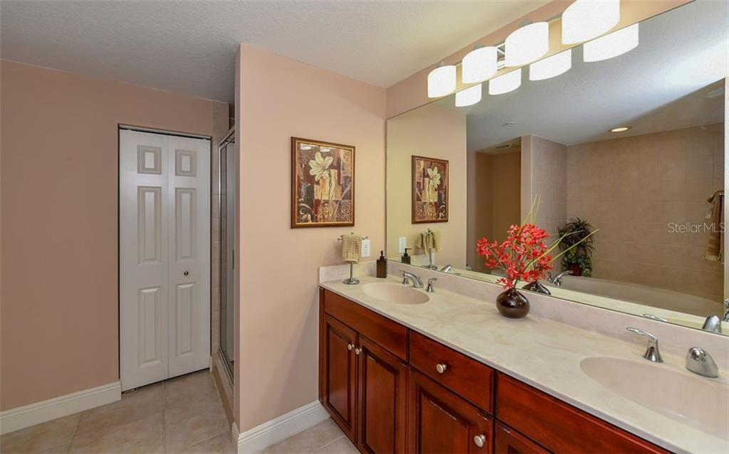 Condo for sale at 800 N Tamiami Trl #1209, Sarasota, FL 34236 - MLS Number is A4415562