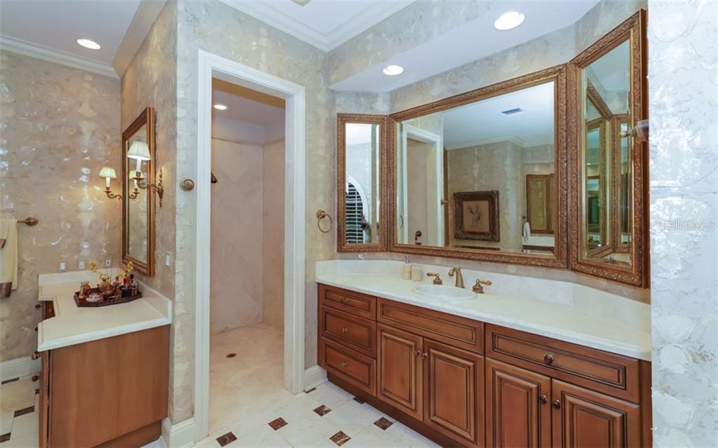 Master Bath - Separate Sinks and a Vanity. Large Walk-In Shower - Single Family Home for sale at 2829 Wilfred Reid Cir, Sarasota, FL 34240 - MLS Number is A4416091