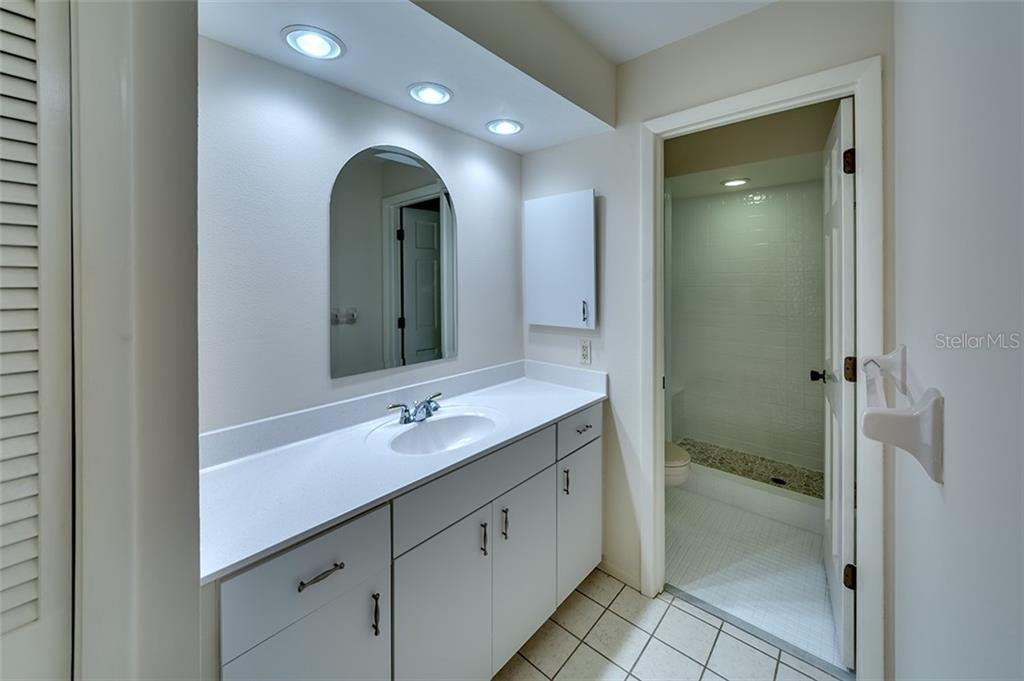 Guest bathroom. - Condo for sale at 3920 Mariners Way #323a, Cortez, FL 34215 - MLS Number is A4416115