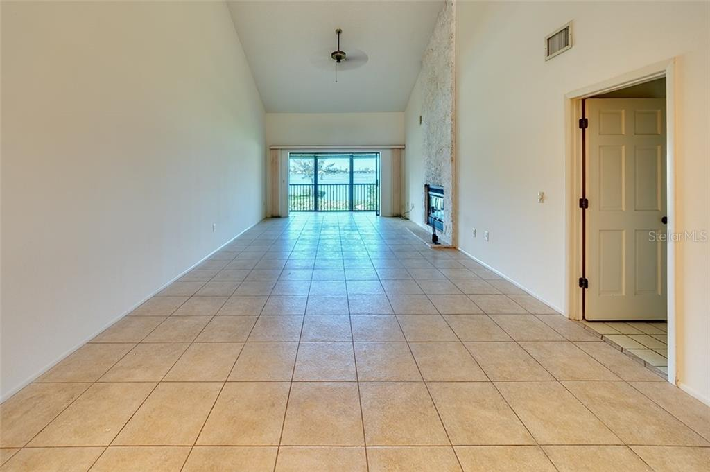 Ceramic tile floors with freshly painted interior. - Condo for sale at 3920 Mariners Way #323a, Cortez, FL 34215 - MLS Number is A4416115