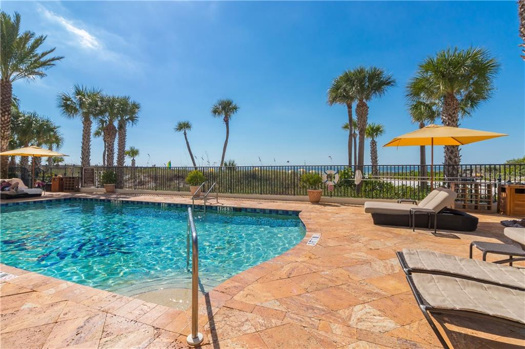 Lounge pool side or beach side, or go back and forth between the two. - Condo for sale at 915 Seaside Dr #610, Sarasota, FL 34242 - MLS Number is A4417976