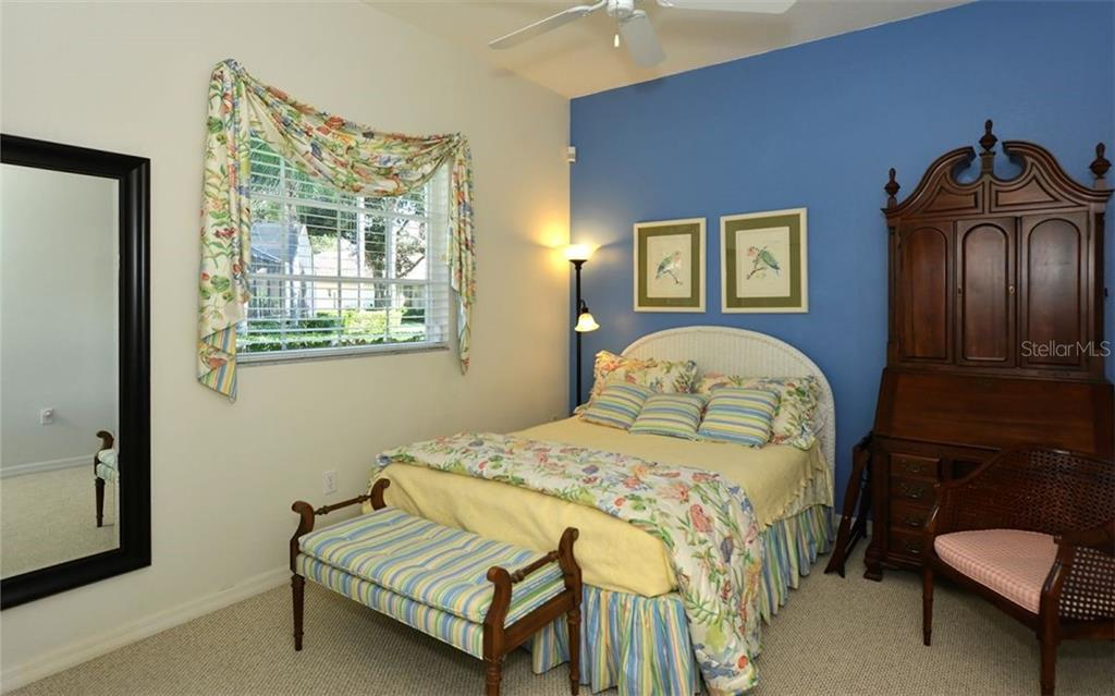 Bedroom 2 - Single Family Home for sale at 462 Sherbrooke Ct, Venice, FL 34293 - MLS Number is A4418225