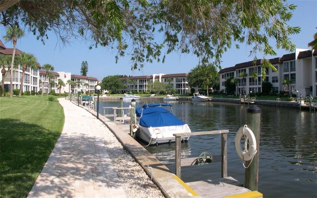 Walkways around Longboat Harbour Community - Condo for sale at 4370 Chatham Dr #204, Longboat Key, FL 34228 - MLS Number is A4421600
