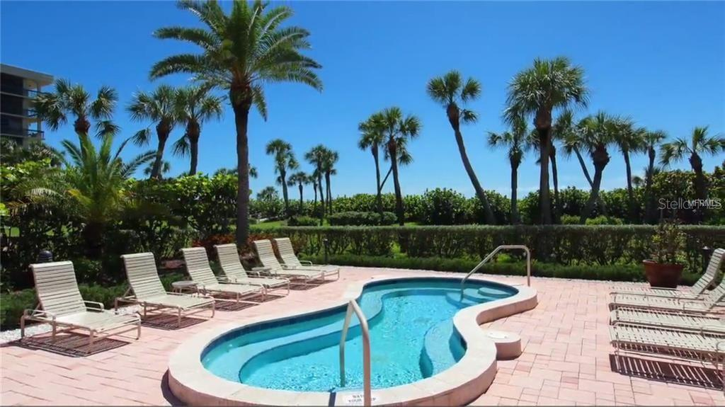 Condo for sale at 1145 Gulf Of Mexico Dr #301, Longboat Key, FL 34228 - MLS Number is A4422240
