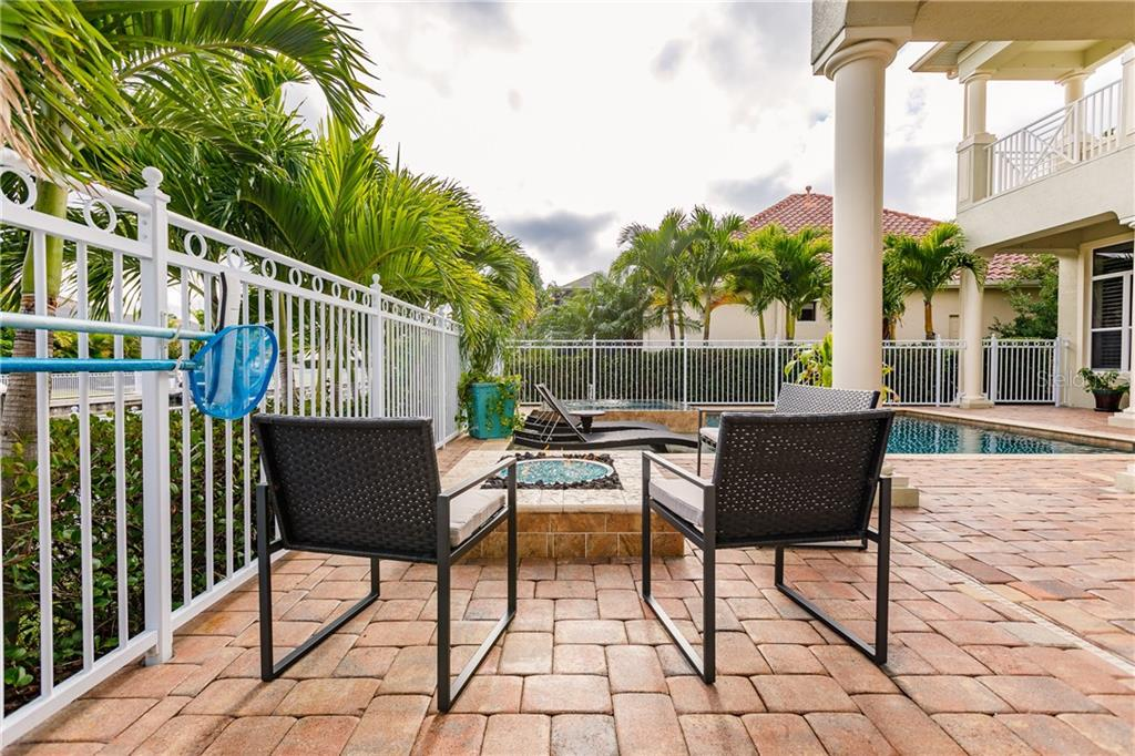 Cozy fire pit - Single Family Home for sale at 557 Fore Dr, Bradenton, FL 34208 - MLS Number is A4423161