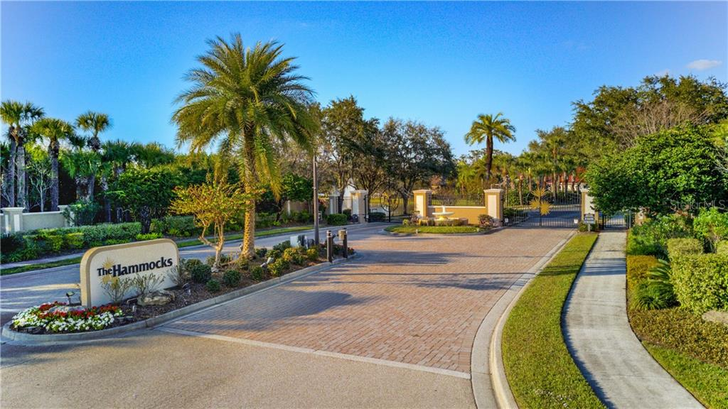 Single Family Home for sale at 7923 Osprey Hammock Ct, Sarasota, FL 34240 - MLS Number is A4427105