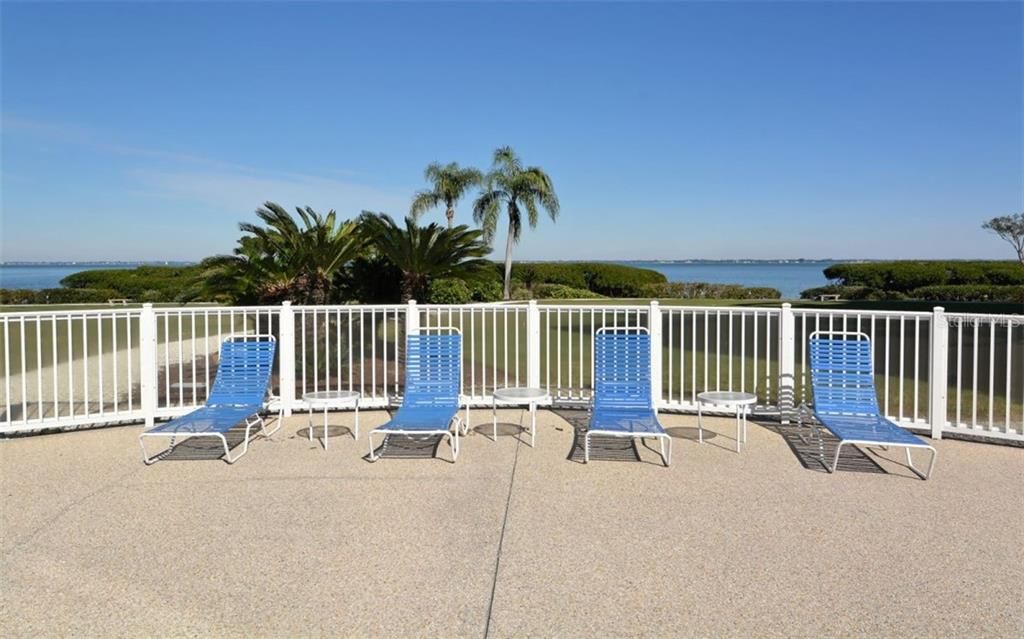 Condo for sale at 2004 Harbourside Dr #1702, Longboat Key, FL 34228 - MLS Number is A4427611