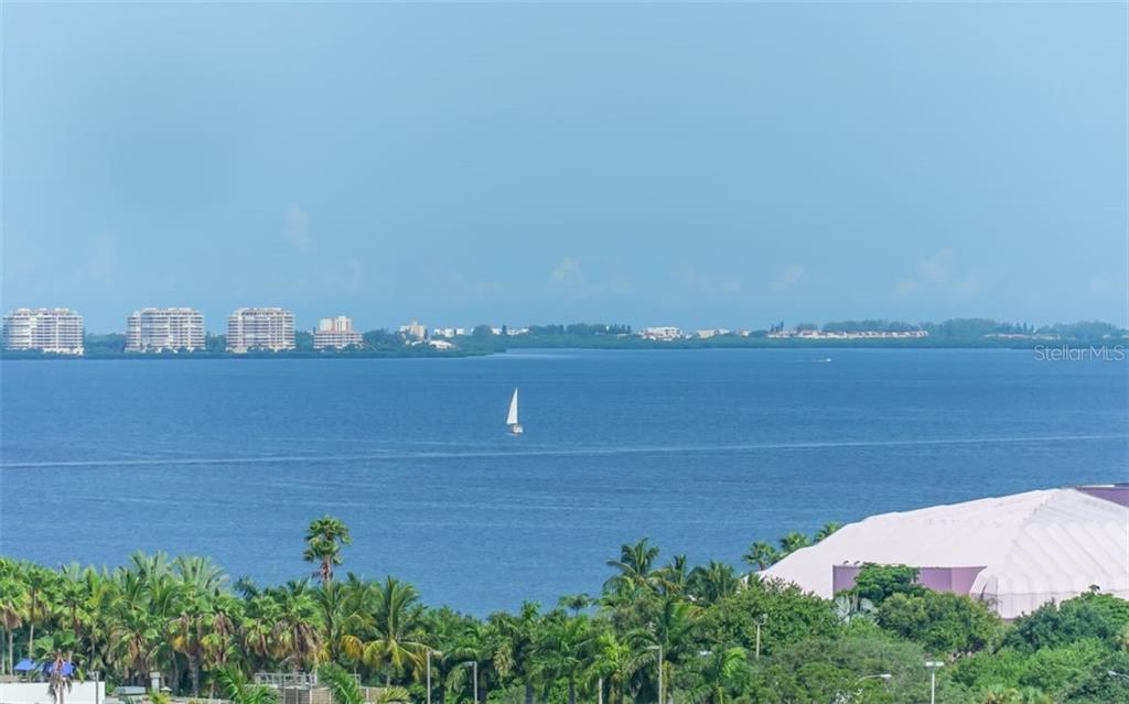Enjoy a conversation with friends and neighbors - Condo for sale at 100 Central Ave #f1014, Sarasota, FL 34236 - MLS Number is A4428676
