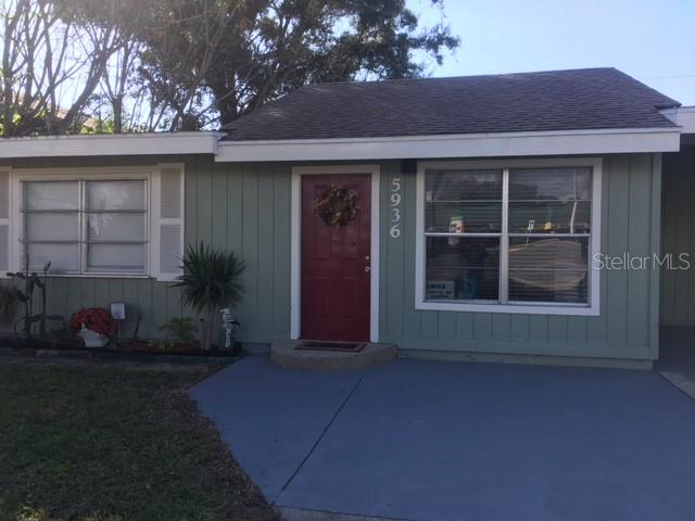 Single Family Home for sale at 5936 Albert Pl, Sarasota, FL 34231 - MLS Number is A4430117
