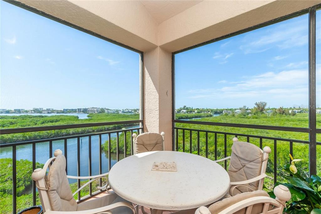 Condo for sale at 5430 Eagles Point Cir #401, Sarasota, FL 34231 - MLS Number is A4430429