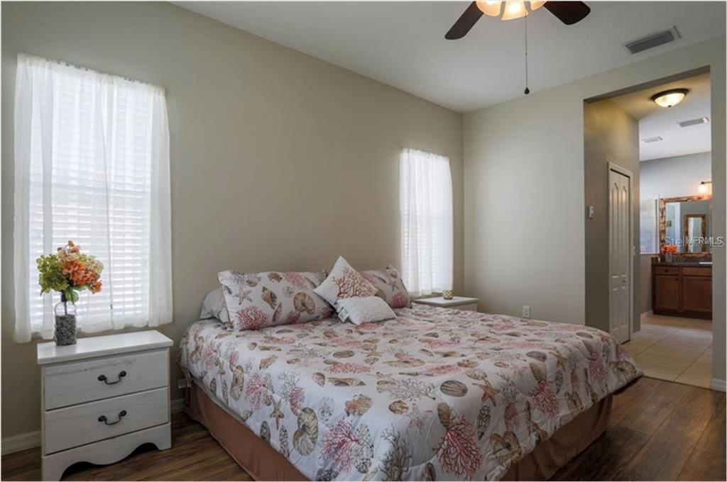 Master Bedroom - Single Family Home for sale at 4626 Woodbrook Dr, Sarasota, FL 34243 - MLS Number is A4432210