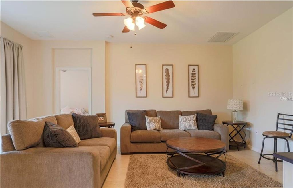 Single Family Home for sale at 4626 Woodbrook Dr, Sarasota, FL 34243 - MLS Number is A4432210