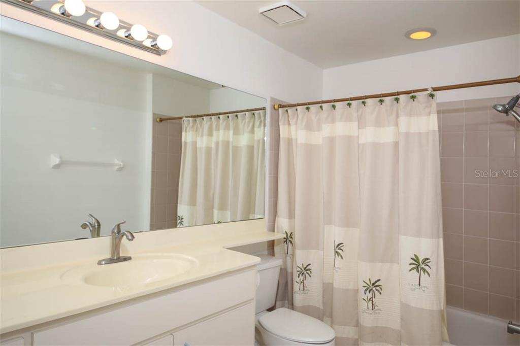 Condo for sale at 3541 51st Ave W #325, Bradenton, FL 34210 - MLS Number is A4433105