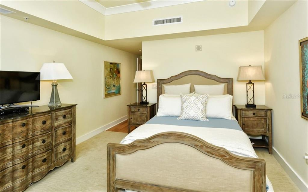 Master bedroom - Condo for sale at 1350 Main St #1500, Sarasota, FL 34236 - MLS Number is A4433444