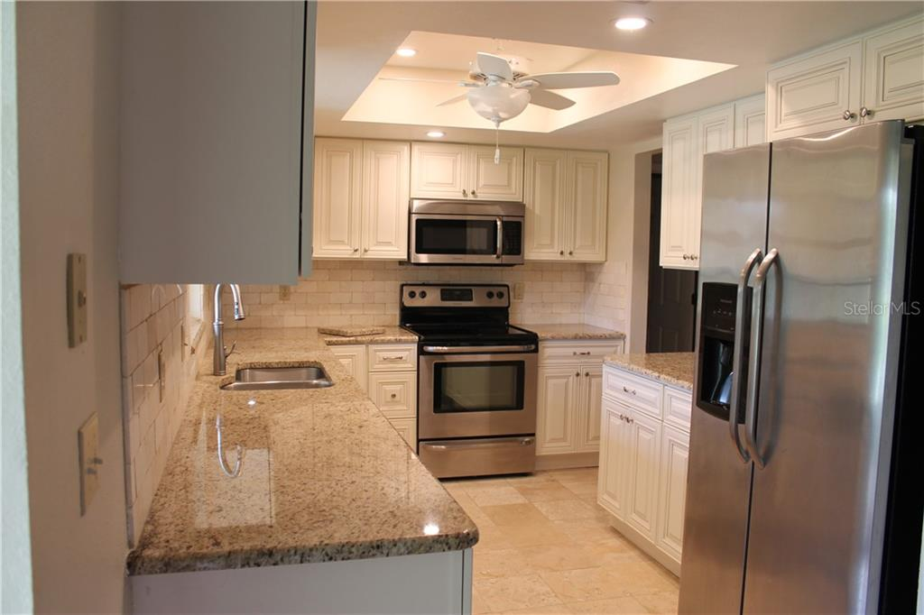 Brand new kitchen this year, granite counters, back splash, high end quality cabinets with the slow shutting feature that we all just love. - Single Family Home for sale at 4803 Glenbrooke Dr, Sarasota, FL 34243 - MLS Number is A4435920