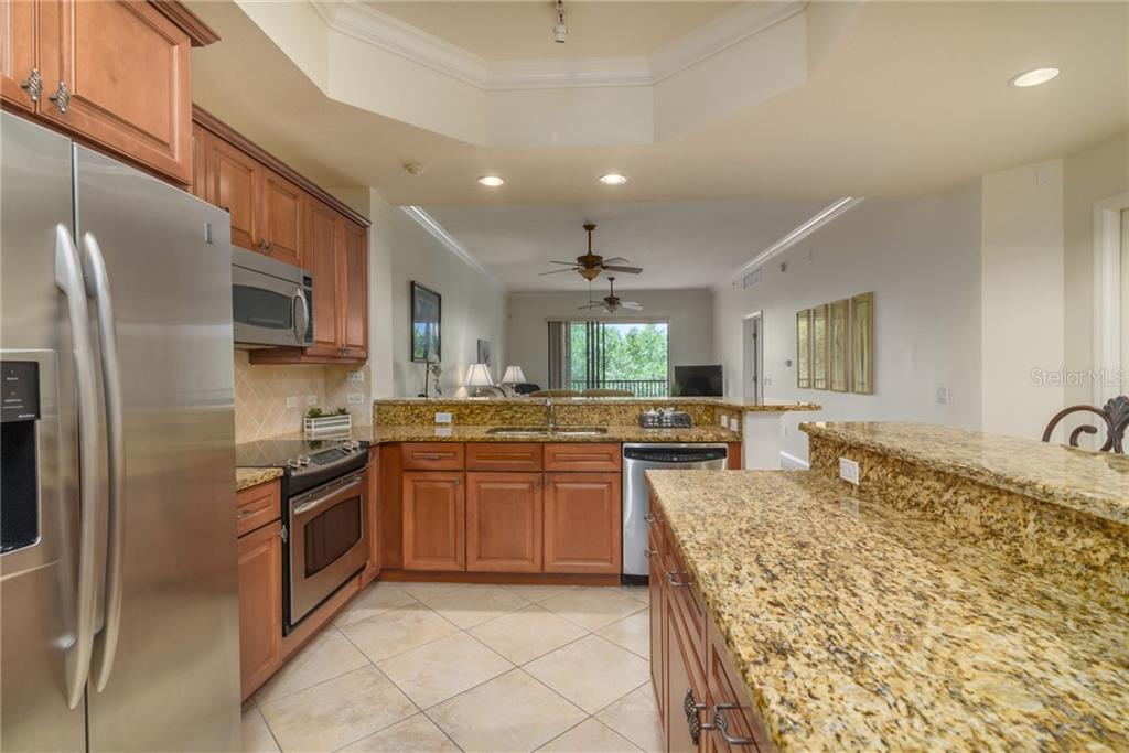 Condo for sale at 7710 Lake Vista Ct #306, Lakewood Ranch, FL 34202 - MLS Number is A4436681