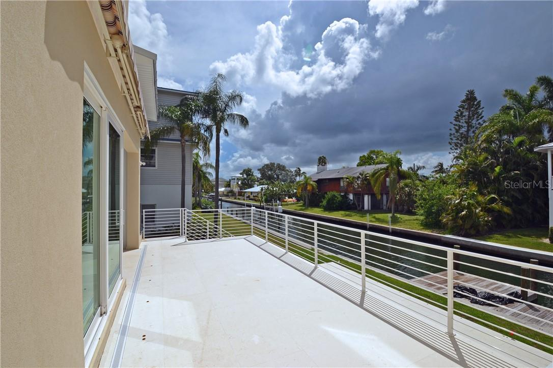 Single Family Home for sale at 798 Jungle Queen Way, Longboat Key, FL 34228 - MLS Number is A4438448