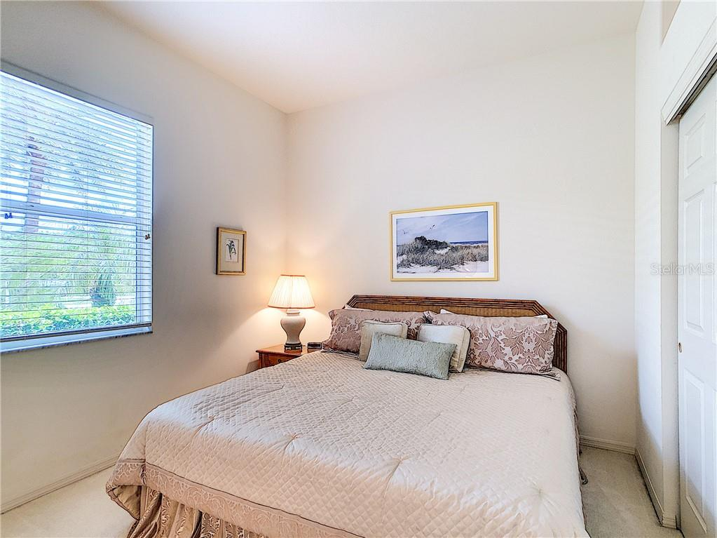 Delightful guest bedroom - Single Family Home for sale at 348 Melrose Ct, Venice, FL 34292 - MLS Number is A4439531