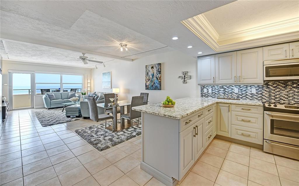 Condo for sale at 1700 Benjamin Franklin Dr #6c, Sarasota, FL 34236 - MLS Number is A4444172