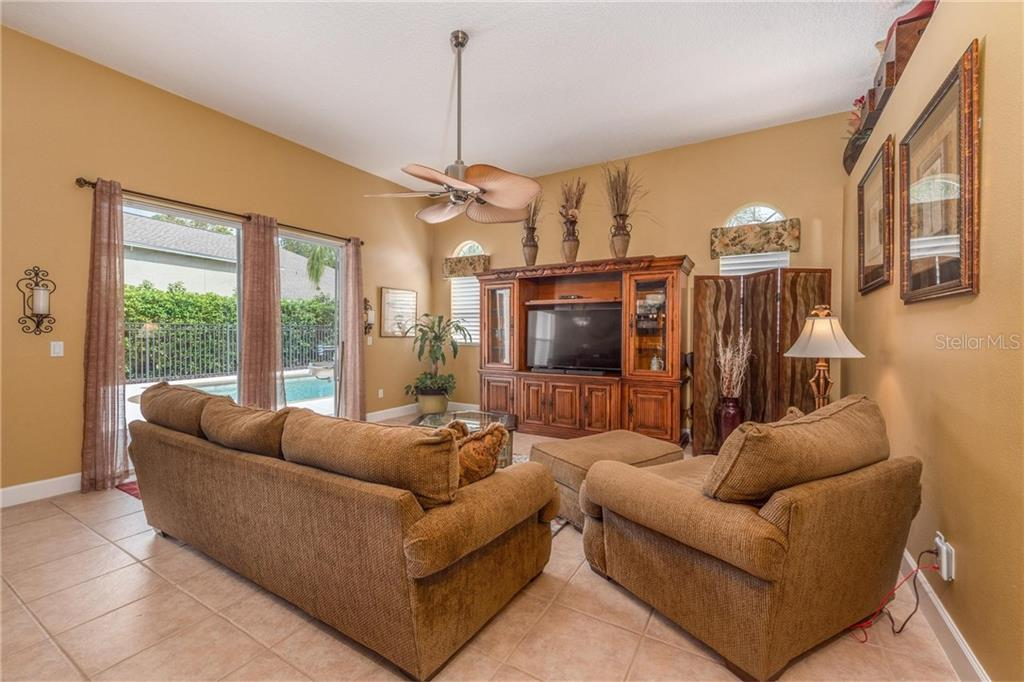 Single Family Home for sale at 1892 Checkerberry Ct, Oviedo, FL 32766 - MLS Number is A4446313