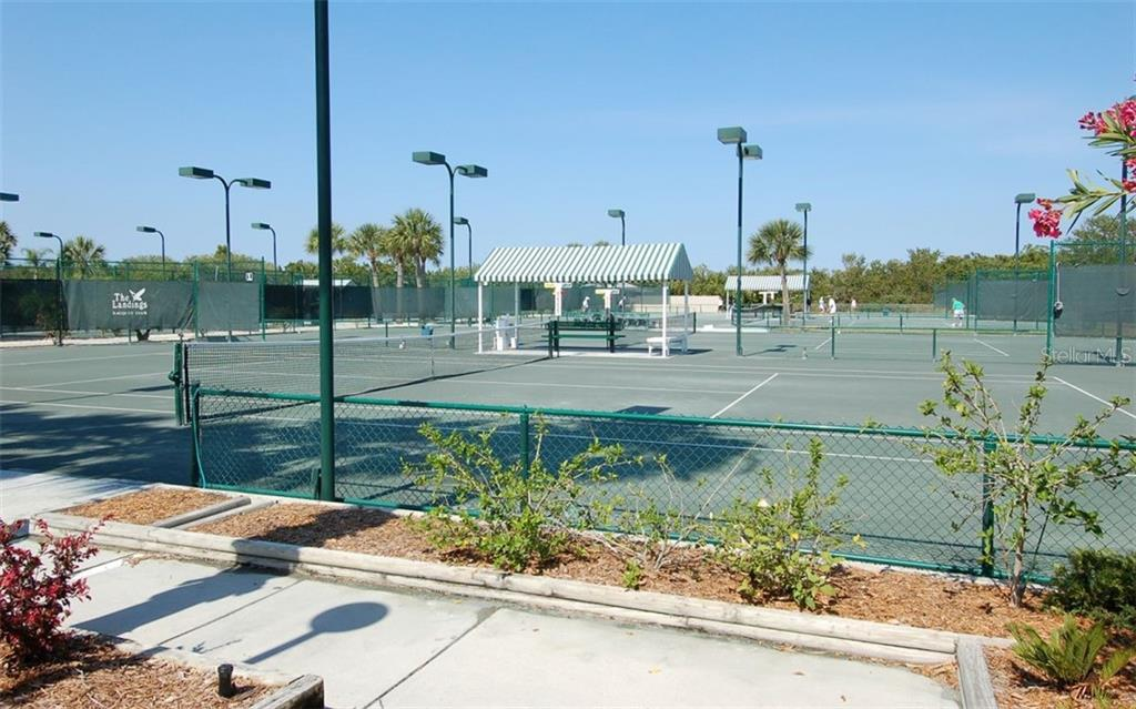 Townhouse for sale at 1713 Starling Dr #1713, Sarasota, FL 34231 - MLS Number is A4446790