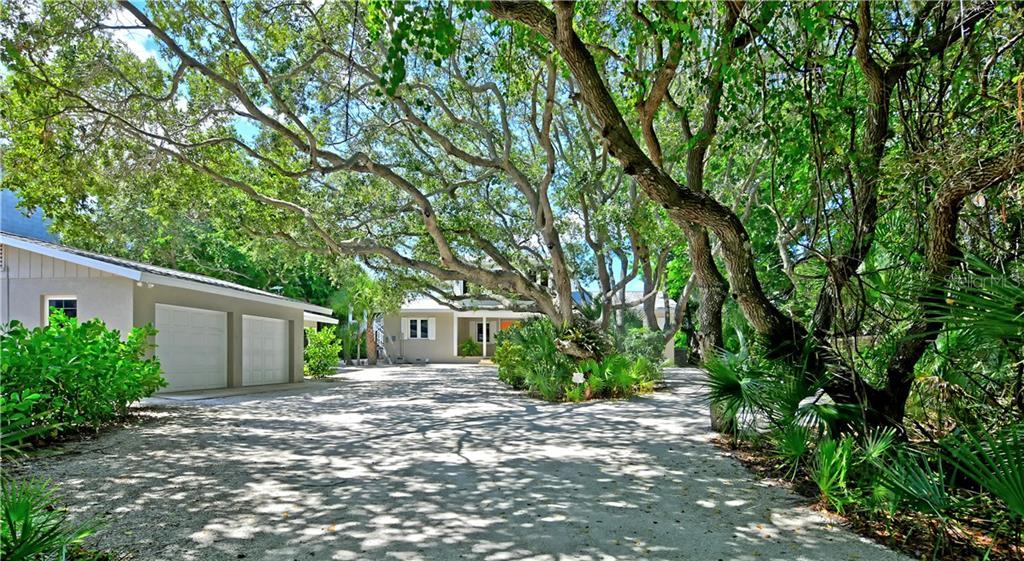 Single Family Home for sale at 7760 Manasota Key Rd, Englewood, FL 34223 - MLS Number is A4447045