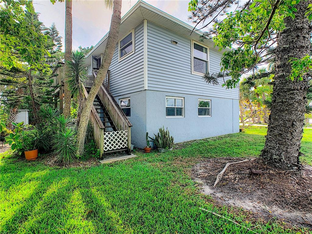Duplex/Triplex for sale at 6403 Holmes Blvd #a B, Holmes Beach, FL 34217 - MLS Number is A4451978