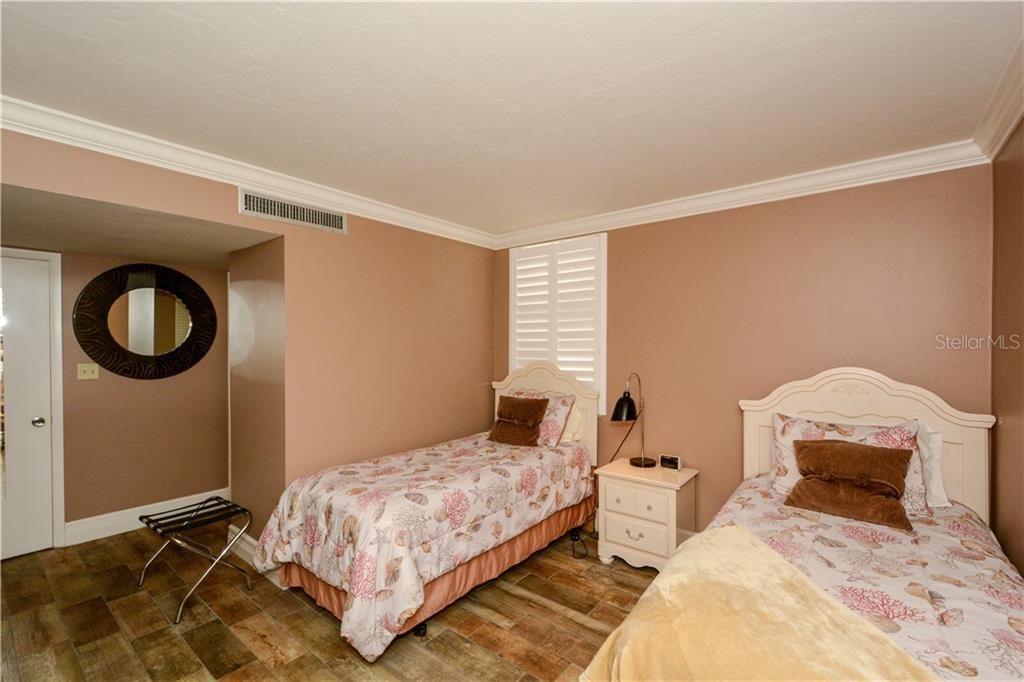 Condo for sale at 6268 Midnight Pass Rd #Ph-5, Sarasota, FL 34242 - MLS Number is A4452353
