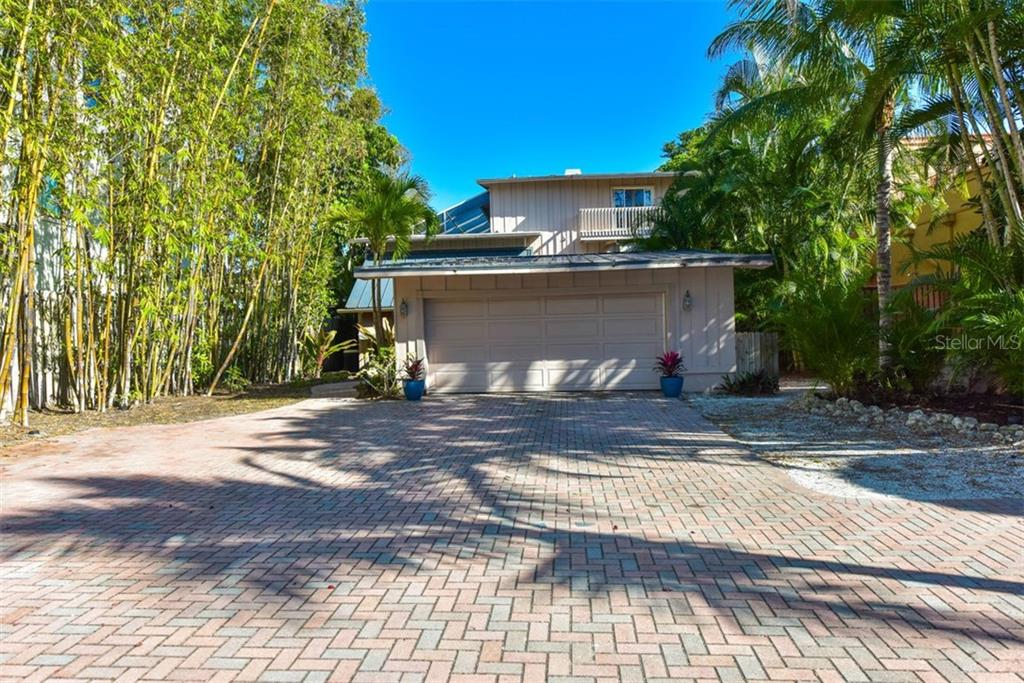 Single Family Home for sale at 8419 Midnight Pass Rd, Sarasota, FL 34242 - MLS Number is A4452627