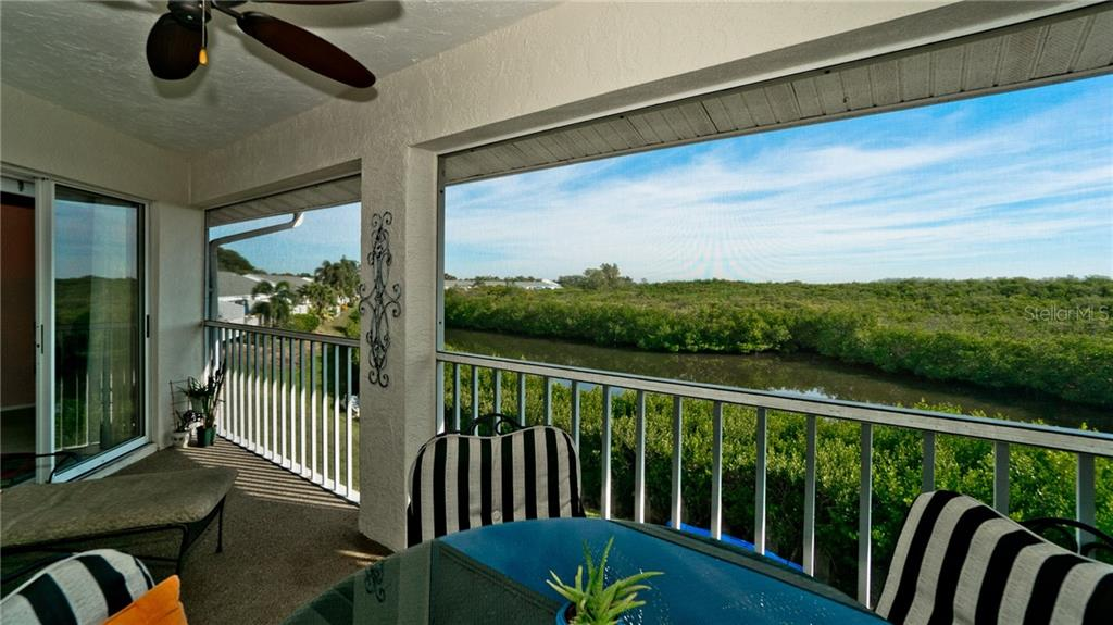 Condo for sale at 1107 Edgewater Cir, Bradenton, FL 34209 - MLS Number is A4453055