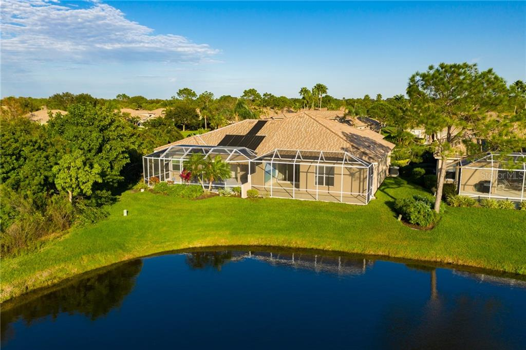 Villa for sale at 4560 Samoset Dr, Sarasota, FL 34241 - MLS Number is A4455487