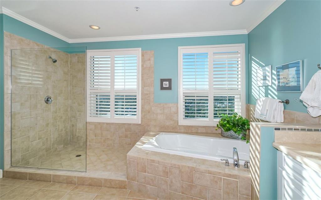 Master bath - Condo for sale at 1771 Ringling Blvd #ph305, Sarasota, FL 34236 - MLS Number is A4455755
