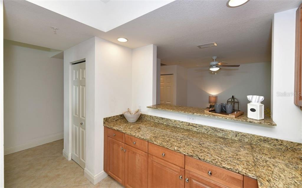 Master - Condo for sale at 800 N Tamiami Trl #1008, Sarasota, FL 34236 - MLS Number is A4456426