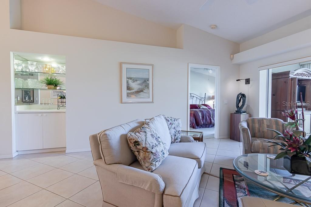 Condo for sale at 9570 High Gate Dr #1722, Sarasota, FL 34238 - MLS Number is A4457005