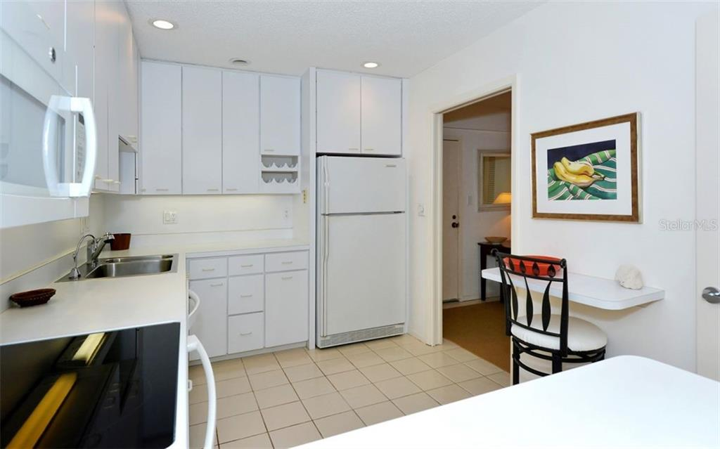Condo for sale at 5055 Gulf Of Mexico Dr #232, Longboat Key, FL 34228 - MLS Number is A4459280