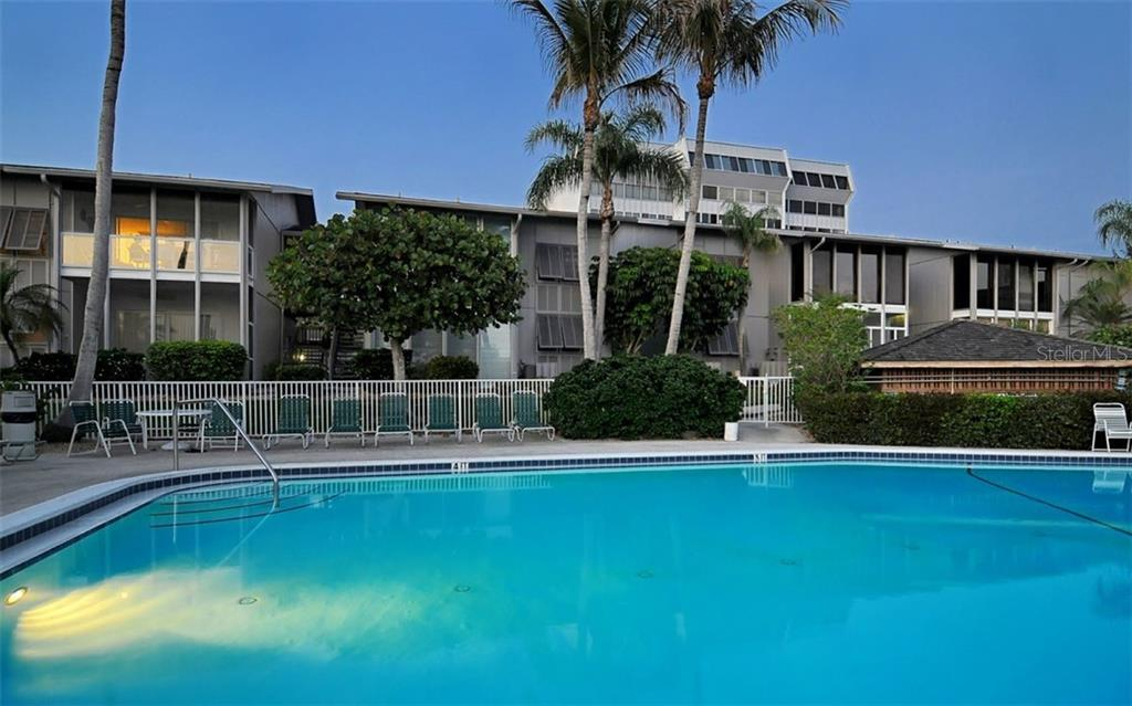 Condo for sale at 1125 W Peppertree Dr #607, Sarasota, FL 34242 - MLS Number is A4460191