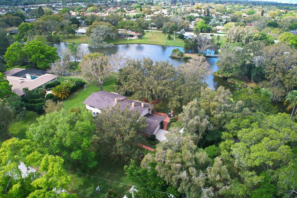 Single Family Home for sale at 3556 E Forest Lake Dr, Sarasota, FL 34232 - MLS Number is A4460916