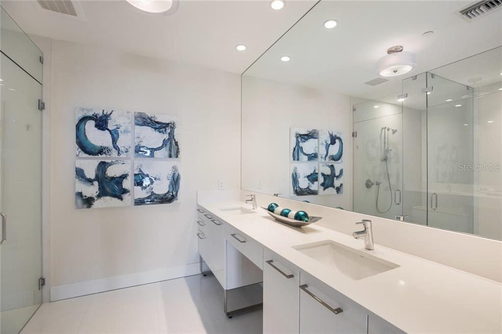 Dual sinks in the pristine master bath - Condo for sale at 1155 N Gulfstream Ave #708, Sarasota, FL 34236 - MLS Number is A4466759