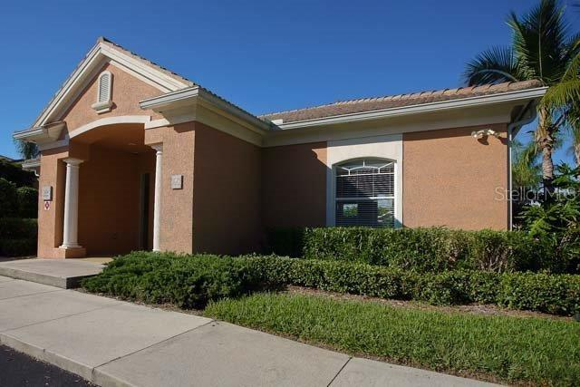 Villa for sale at 5530 46th Ct W, Bradenton, FL 34210 - MLS Number is A4469627