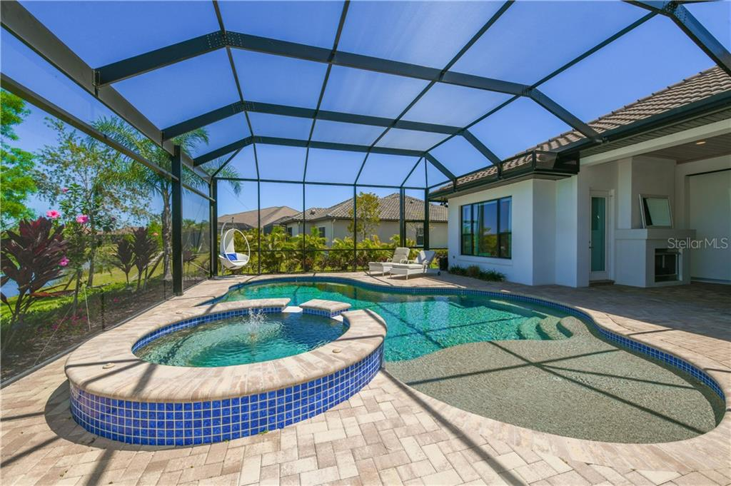 Single Family Home for sale at 7458 Seacroft Cv, Lakewood Ranch, FL 34202 - MLS Number is A4471864